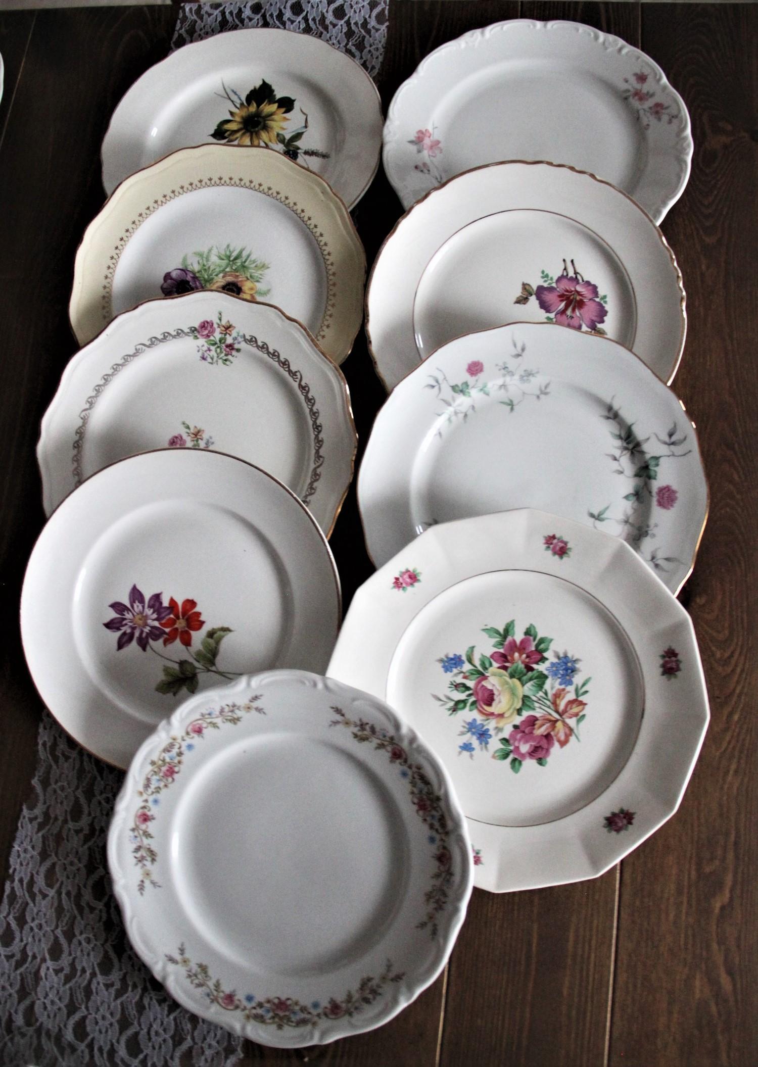 Assiettes dépareillées vaisselle vintage