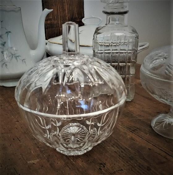 Bonbonnière N°38 - en verre - H17cm x  D14.5cm