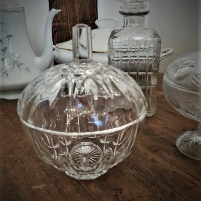 Bonbonnière verre H17cm - D14.5cm