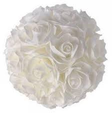 Boule de roses artificielles  Location  5.00€ Tarif weekend