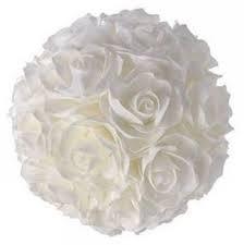 Boule de roses artificielles  Location  5.00€