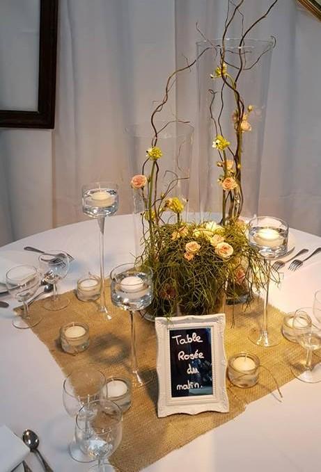 Cadre blanc porte menu ou nom de table - Location  1.00€