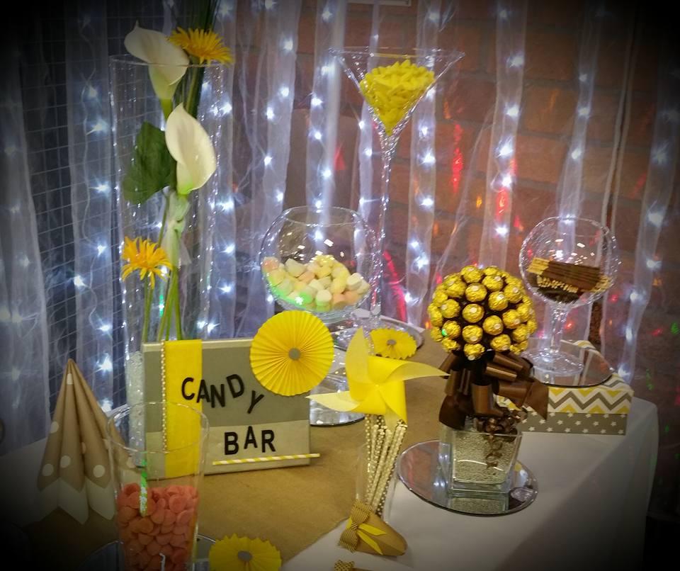 Exemple de Candy-Bar avec des vases
