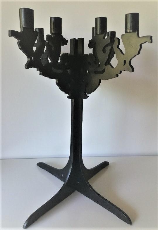 Chandelier bois silhouette noir baroque