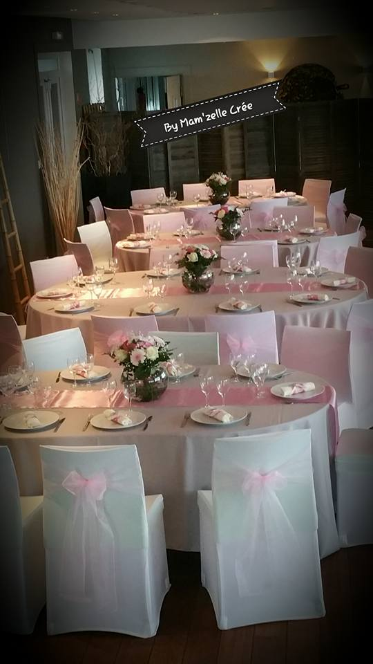 Chemin de table satin rose pale NSE Location