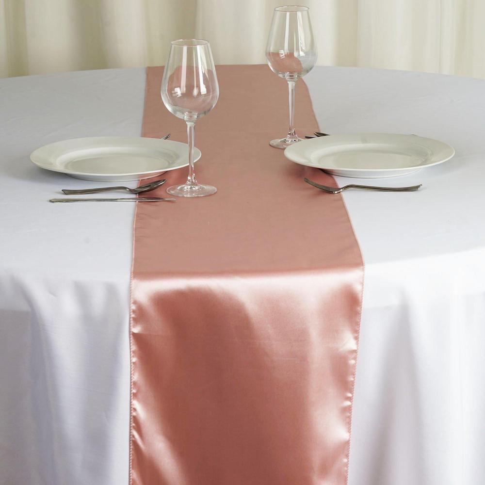 Chemin de table satin rose poudré - NSE Location  2,00€