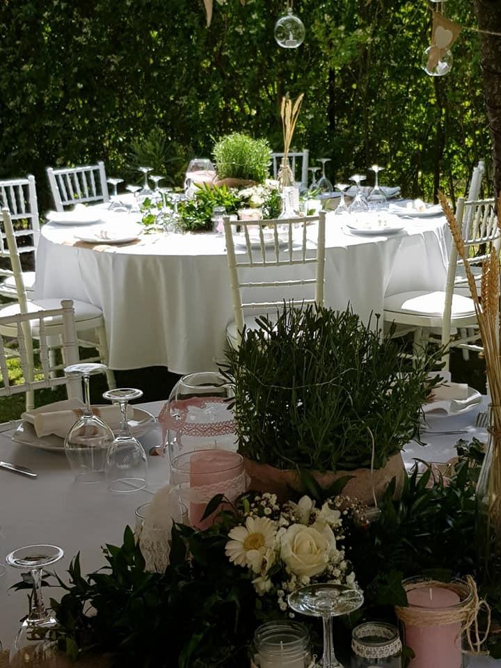 Décoration mariage champêtre en extérieur