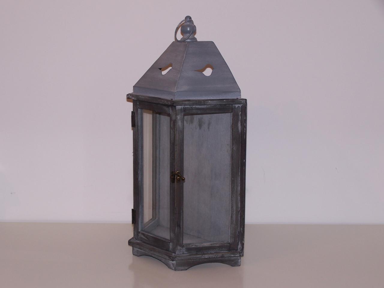 Lanterne bois et zinc NSE Location  8.00€