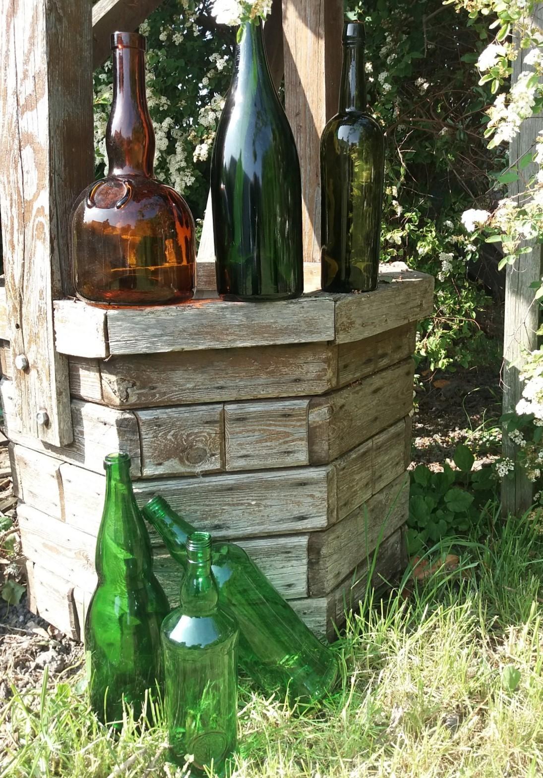 Location bouteille ancienne - 1.00€ piéce