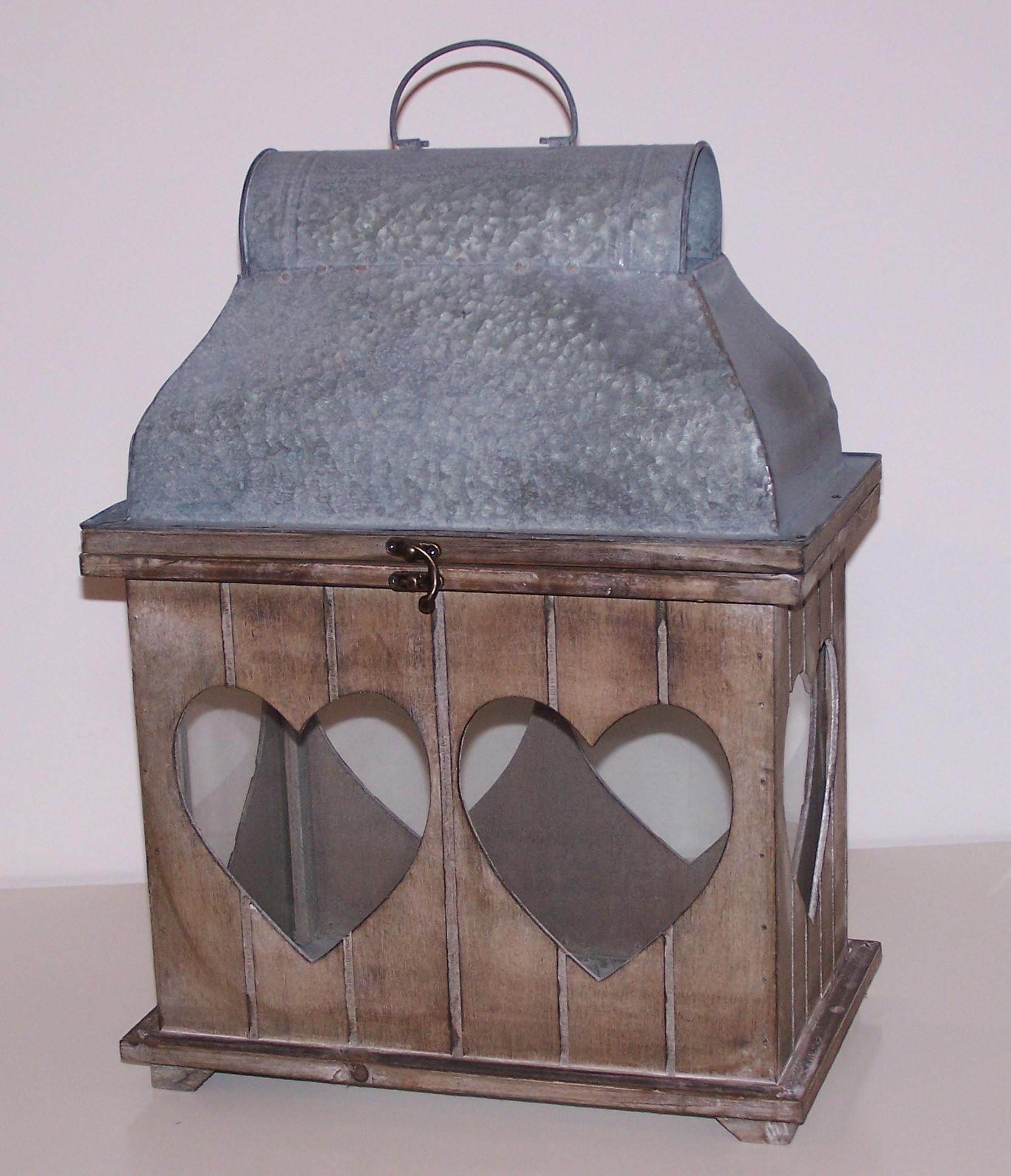 Location lanterne bois et zinc