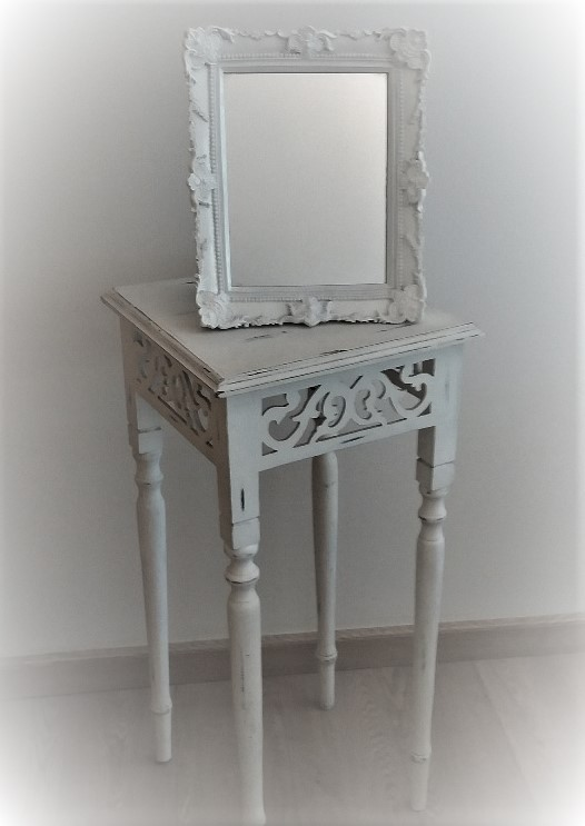 Location sellette blanche Shabby 5.00€