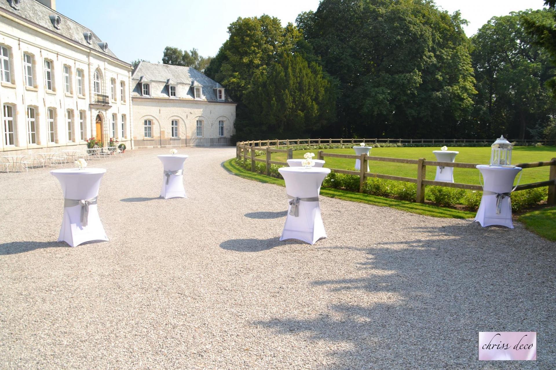Mange-debout au Chateau de Cocove  NSE Location