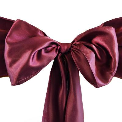 Satin bordeaux  Location  1,00€