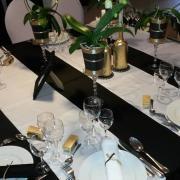 Chemin de table satin blanc nse location