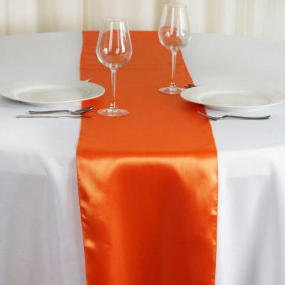 Chemin de table satin orange nse location