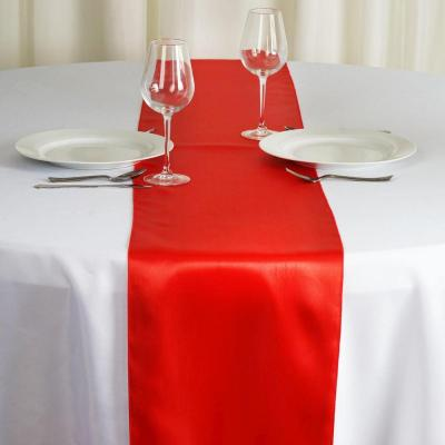 Chemin de table satin rouge nse location