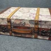 Location valise carte vieux monde